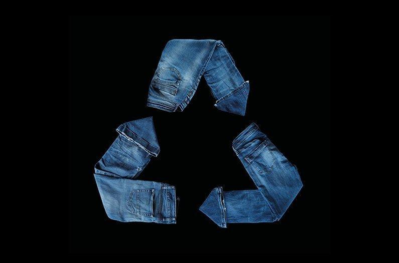Una solución constructiva para ropa vieja